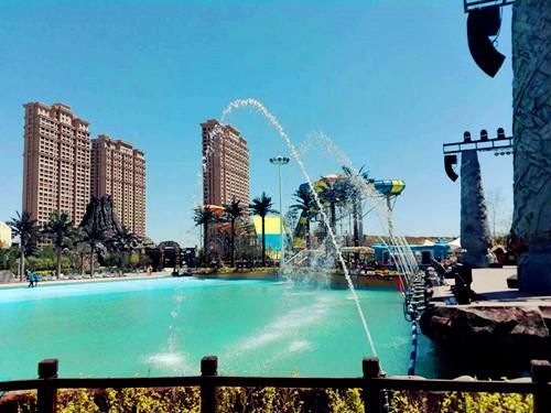 七星海世界是集室内外水上乐园